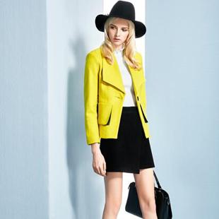 全国快时尚女装领导品牌—依然秀期待您的加盟!