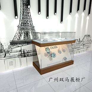 展柜定制找广州双马展柜厂