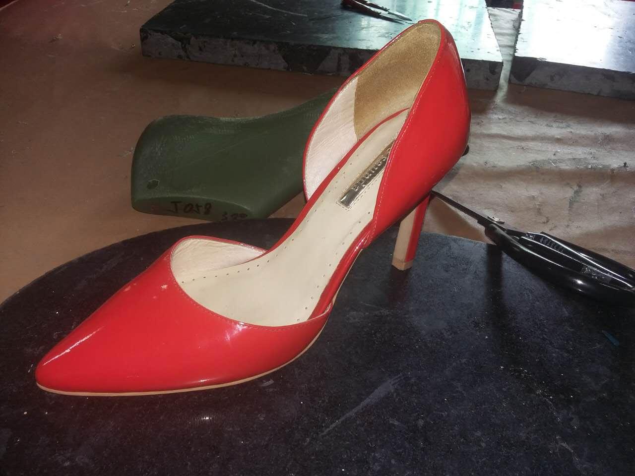 来样来图加工各类款式高档真皮女鞋广州皮鞋加工厂