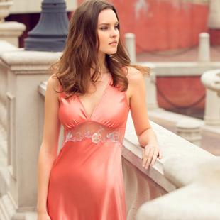 娅茜·私衣坊 展现都市女性优雅魅力