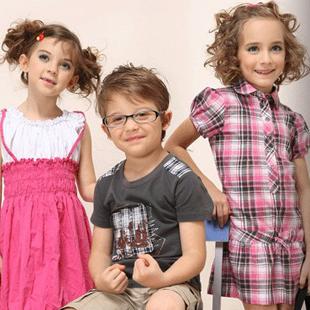 时尚童装加盟首选比利小鸡童装品牌 引领时尚童装未来!