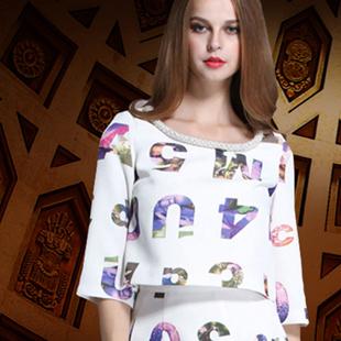 女装加盟就选梵希茵女装品⊙牌 引领女装◆时尚潮流先锋!