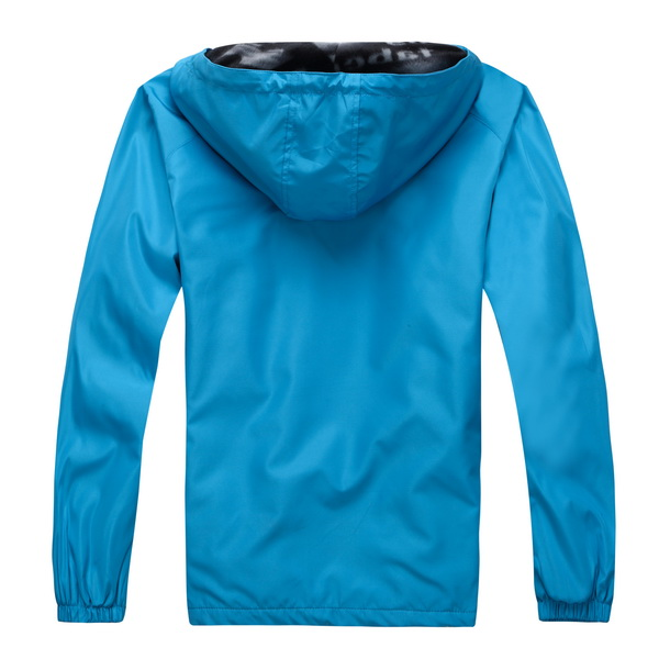 广东规模超大的时尚加绒冲锋衣市场|个性加厚连帽冲锋衣
