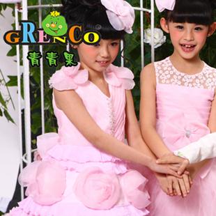 青青果童装加盟 打造一站式时尚童装购物体验