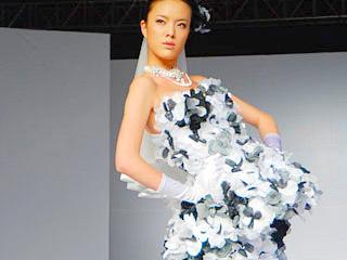 2008第十四届上海国际服装文化节上海巴黎婚纱礼服品牌Regina发布会