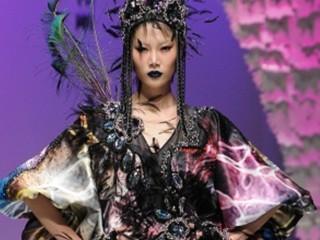 2011中国国际时装周(春夏系列) 祁刚2011春夏时装发布会