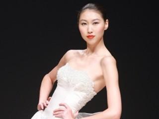 2011中国国际时装周(春夏系列) 成受燕2011春夏时装发布会