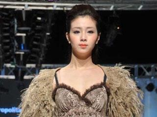 2011上海国际服装文化节·MODèLE de PRUDENCE品牌发布 摄像:刘东杲 后期:刘东杲
