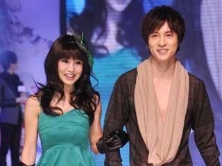 2011上海国际服装文化节·中国女孩模特大赛启动仪式 摄像:刘东杲 后期:刘东杲