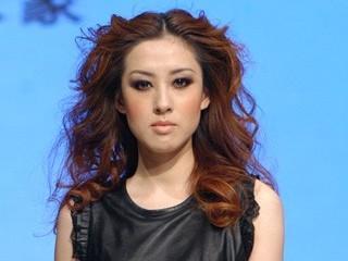 """2011中国皮革时尚周 """"格兰豪 GRAND HOMME""""品牌新品发布 摄像:向佳 后期制作:向佳"""