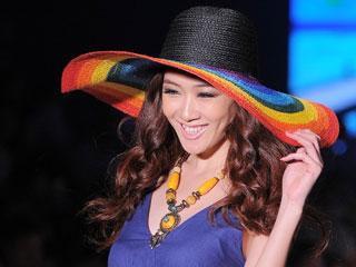 第11届中国(深圳)国际品牌服装服饰展览会·波希米亚2011新品发布