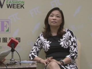 2013广东时装周·专访广州市心水服装服饰有限公司设计总监邓兆萍女士