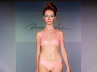 俄罗斯欧亚时装周设计师Yulia Kropacheva 2009春夏作品发布