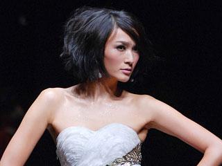 中国国际时装周2010春夏系列·COCOON·应翠剑2010春夏时装发布会