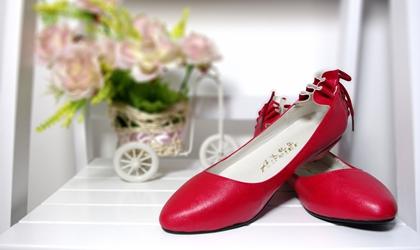 女鞋的品牌