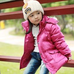 品牌女童羽绒服