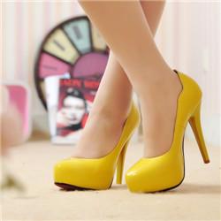中国女鞋品牌